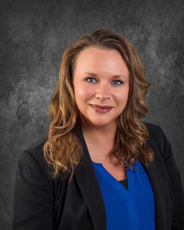 Laci McCallum, ARM : Property Manager