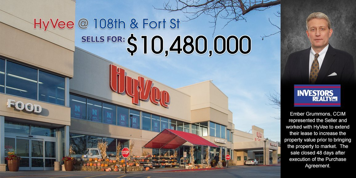 Hy-Vee Grocery Store Sells for $10,480,000